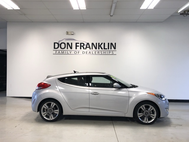 Pre Owned 2017 Hyundai Veloster Value Edition
